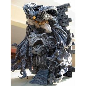 Figura Batman Kotobukiya