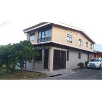 Casa Con Apartamento En Venta Con Excelentes Acabados