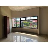 Alquilo Oficina, Consultorio, Comercio Guadalupe-el Carmen