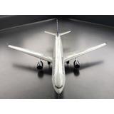 Avion A Escala 1/200hogana 330-300