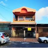 Casa De Dos Plantas - Urbanización Brisas De Salitrillos