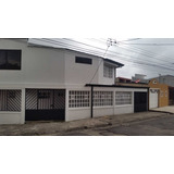 Casa En Venta, Son 2 Casas En Una.