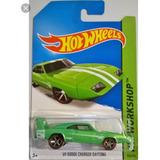 Hot Wheels 69 Dodge Charger Daytona