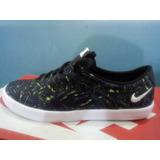Nike Mini Sneaker Original