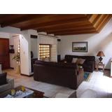 Hermosa Casa De Finos Acabados En San Rafael, Montes De Oca