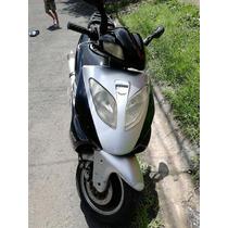 Vendo Scooter Barata 230000
